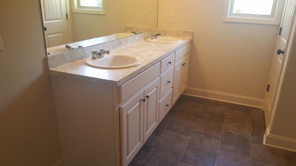 hannah-lot-12-hannahs-walk-master-bath-01